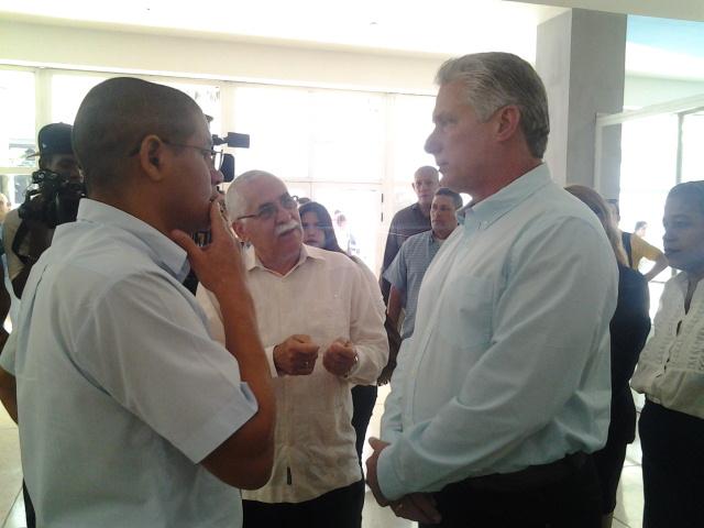 Visita Miguel Díaz Canel Palacio de Computación en su 27 aniversario