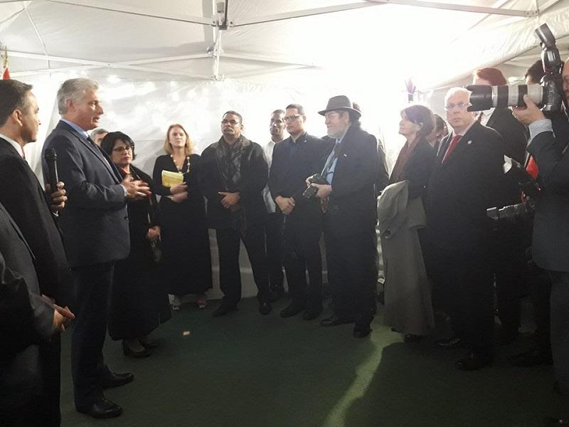 Miguel Díaz-Canel Bermúdez, sostuvo un encuentro en Londres con integrantes de la Campaña de Solidaridad con Cuba