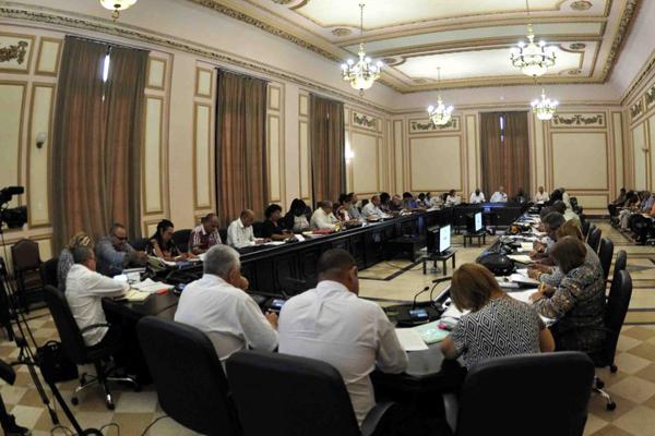 Díaz-Canel asistió a reunión de presidentes de gobiernos provinciales