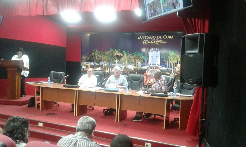 Se reúne en Santiago Díaz-Canel con Cuadros provinciales (+Audio)