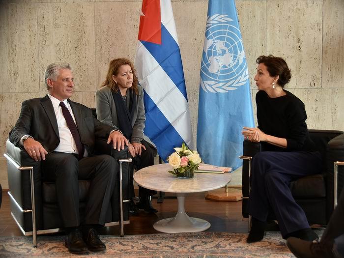 Díaz-Canel se reúne en París con la Directora General de la UNESCO