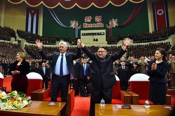 Kim Jong-un y Díaz-Canel en Pyongyang. Foto: Estudios Revolución.