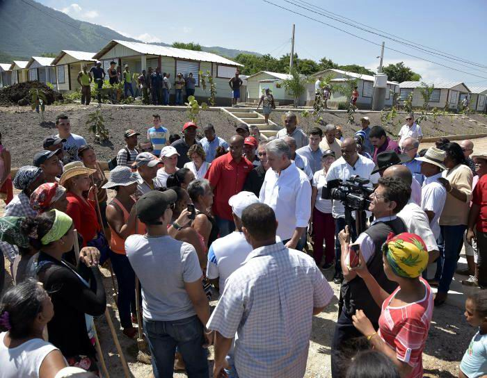 A 13 kilómetros del municipio cabecera de la provincia se ha levantado el asentamiento de viviendas El Carmen. Foto: Estudios Revolución