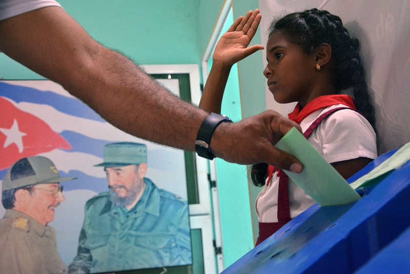 Manuel Hernández: Un voto que marca la mayoría de edad de Cuba