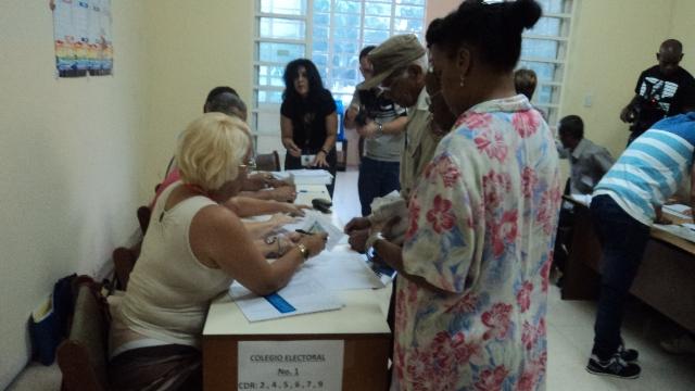 Masiva asistencia a las urnas en Elecciones Generales de Cuba (+Audios y Fotos)