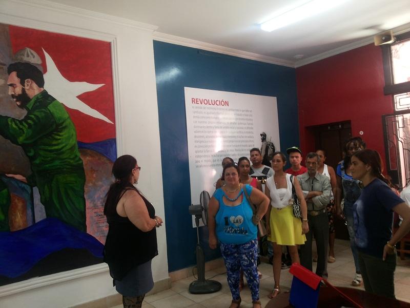 Gradúan en La Habana nuevos cuadros de los CDR