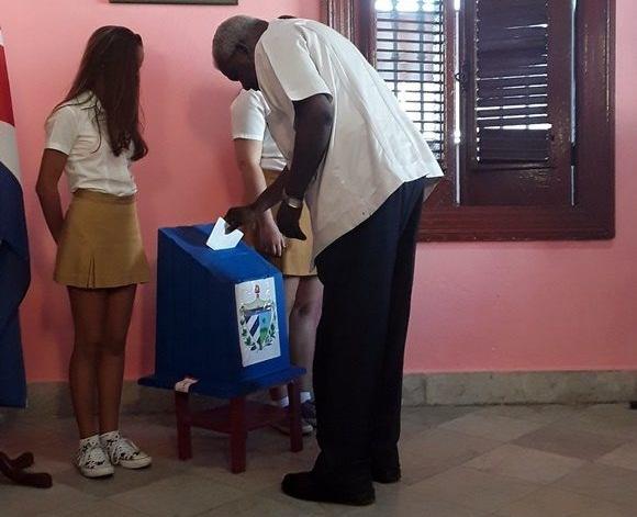 Esteban Lazo: En Cuba cualquier persona puede ser Delegado (+Audio)