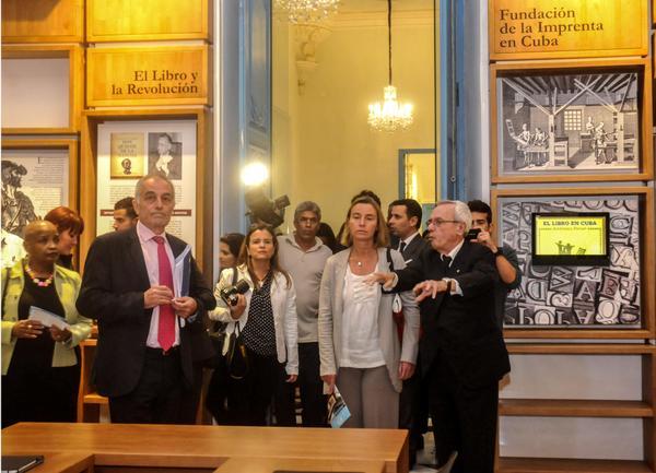 Visita alta funcionaria europea emblemático centro de La Habana. Fotos: Oriol de la Cruz