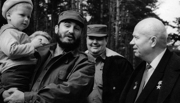 Fidel Castro: La premisa es la paz y el desarrollo