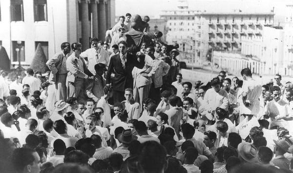 Fidel Castro y el robo de la Campana de la Demajagua (+Audio)