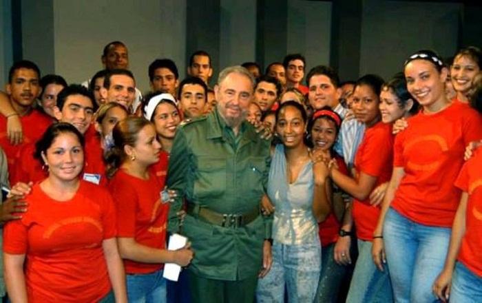 Fidel Castro: Los jóvenes en defensa del progreso (+Audio)