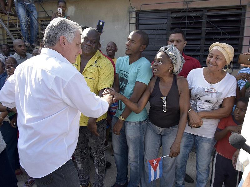 A Cuba y a Fidel, ni la muerte los separa