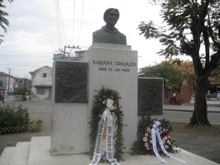 Honores para  Mariana y Vilma este 8 de Marzo