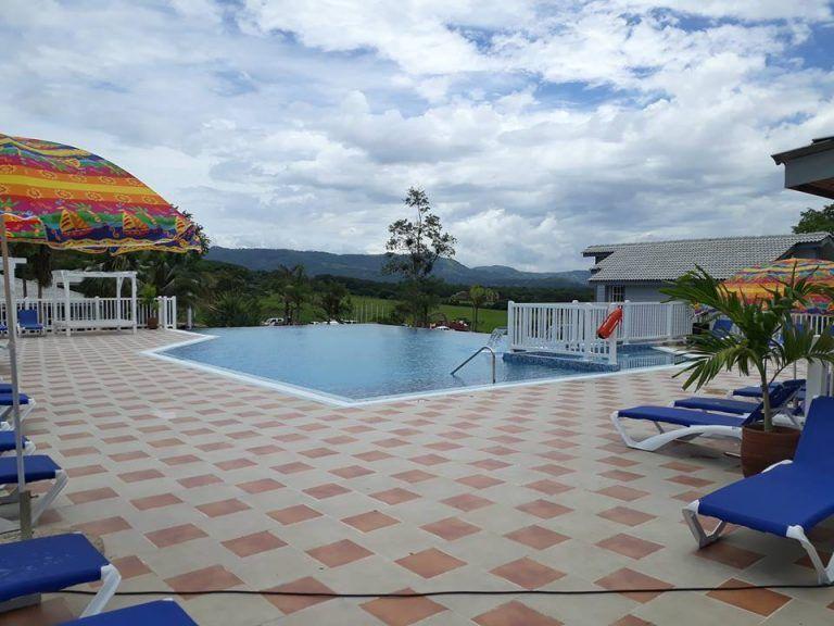 Visitó Raúl el recién inaugurado Hotel Segundo Frente (+Fotos)