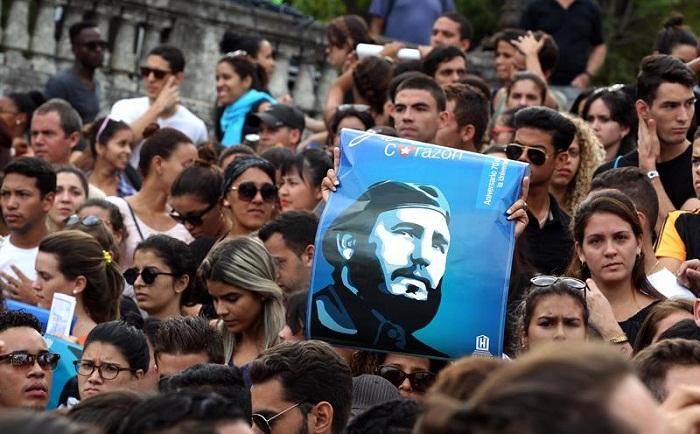 En foro juvenil sobre la Revolución, toda una clase magistral