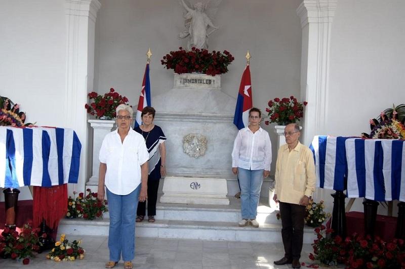 Ni muertos ni olvidados: inmortales