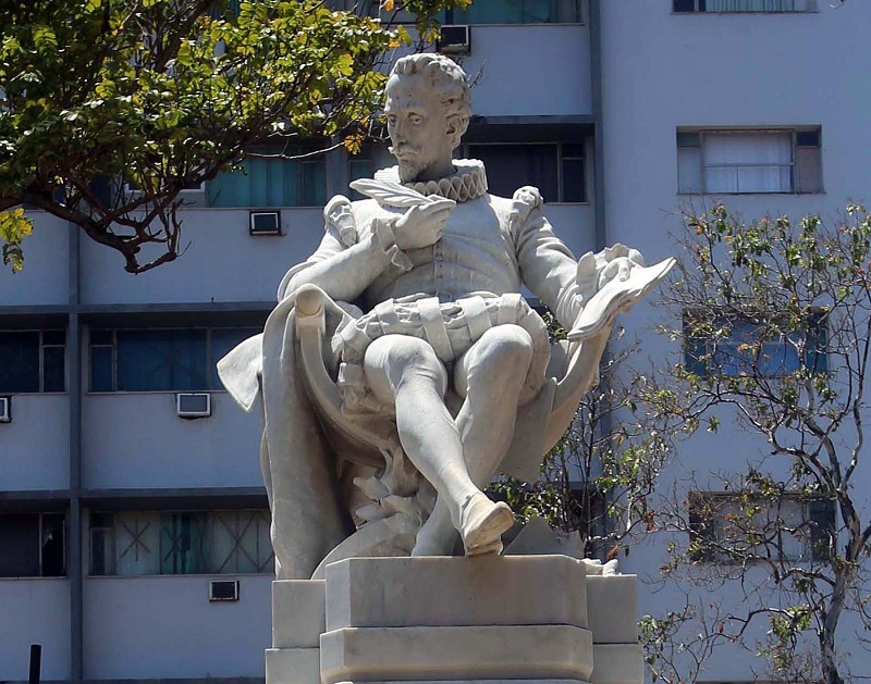 Rinden honor en Cuba a Cervantes por Día Mundial del Idioma Español