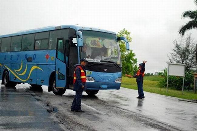 Suspenden transportación de ómnibus y ferrocarriles en Cuba