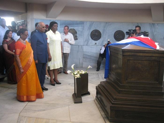Presidente de la India honra al Comandante en Jefe Fidel Castro