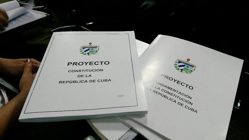 Muestran interés por adquirir Proyecto de Constitución