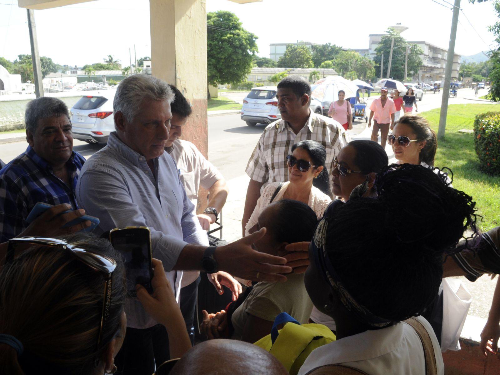 Díaz Canel: retos y desafíos se asumen en la Isla de la Juventud