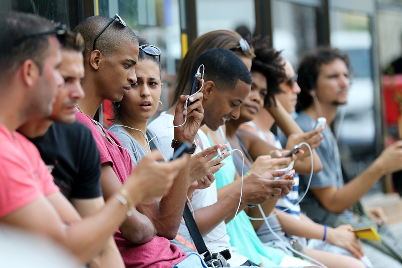 Anuncia ETECSA nuevas tarifas para la navegación y la telefonía móvil