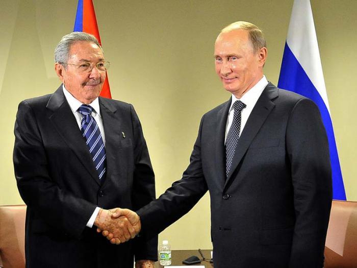 Felicita Raúl Castro a Vladimir Putin por victoria electoral