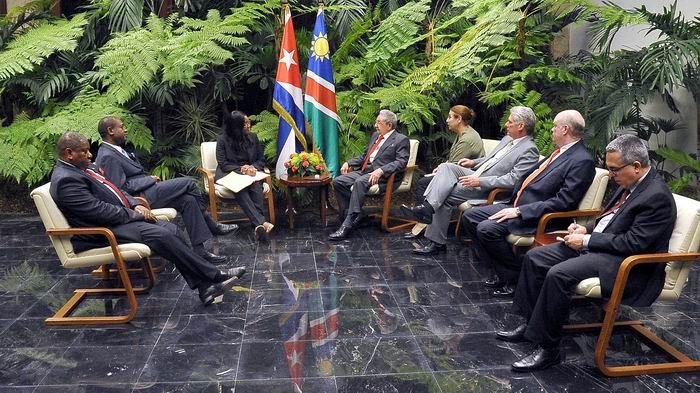 Recibió Raúl a la Primera Ministra de Namibia. Foto: Estudios Revolución