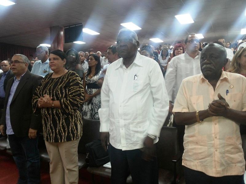 Reconocen a Mercedes López Acea con la Giraldilla de La Habana