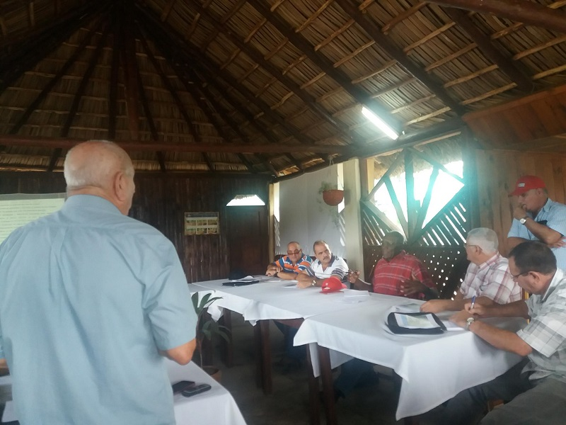 Recorre Primer Vicepresidente cubano zonas económicas en Pinar del Río