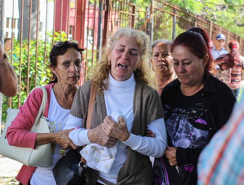 """Díaz-Canel: """"En medio del dolor, hay una gran solidaridad"""