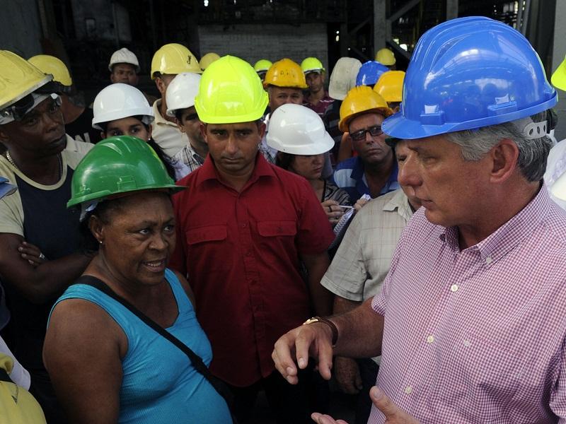 """Díaz-Canel: """"Antillana de Acero en el camino de una industria robusta"""""""