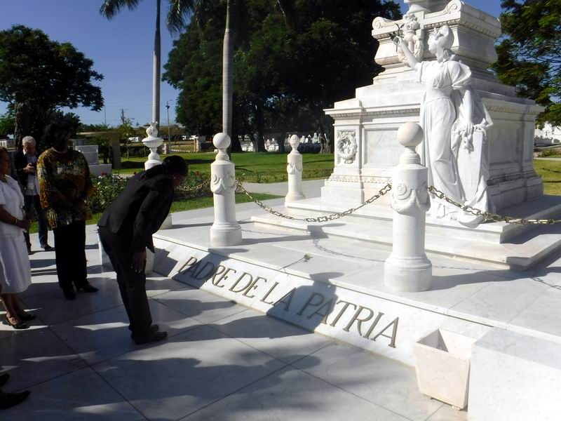 Namibian Prime Minister pays tribute to Cuban heroes. Photo by Carlos Sanabia