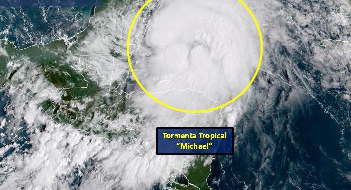 Michael se intensifica sobre el noroeste del Caribe