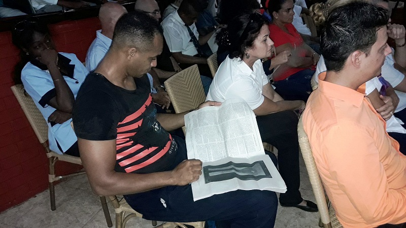 Trabajadores del Turismo analizan el proyecto de la nueva Constitución