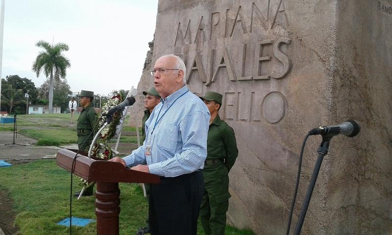 """Entregan en Guantánamo reconocimiento """"Cincuenta aniversario"""""""