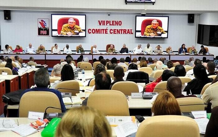 Pleno del PCC analizó Anteproyecto de Reforma Constitucional en Cuba