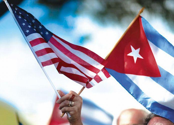 Mayoría de cubanoamericanos apoyan políticas de acercamiento a la isla