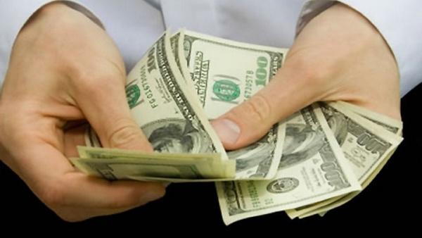 Cuba sin posibilidades aún de hacer transacciones financieras en dólar