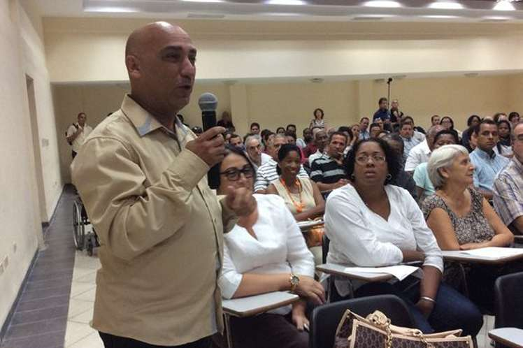 Sociedad civil cubana contra el bloqueo (+Audio)
