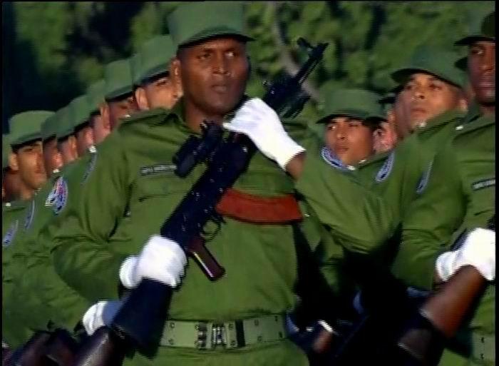 Bloques de infantería, representantes de cada uno de los ejércitos: Oriental, Central y Occidental