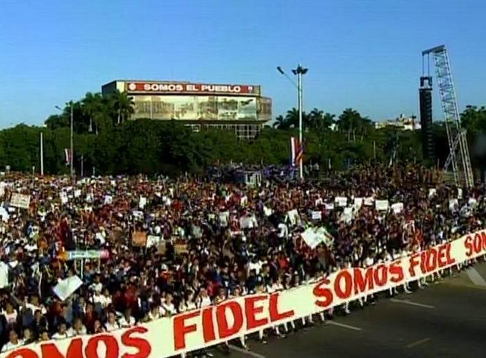 Una impresionante representación del pueblo cubano comienza su marcha combatiente