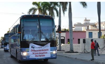 Delegados al 7mo. Congreso del Partido se dirigen a La Habana. Foto: AIN