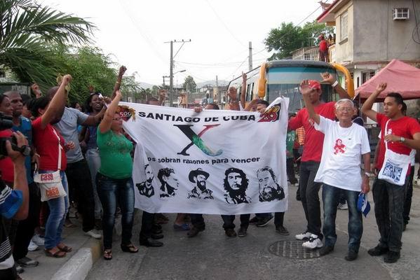Despedidos delegados santiagueros al X Congreso de la UJC. Foto: Sergio Martínez