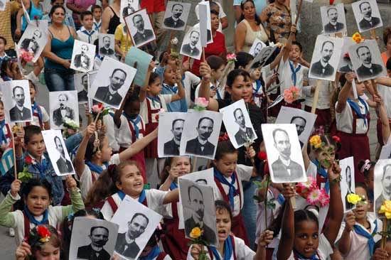 Desfiles pioneriles este 28 de enero