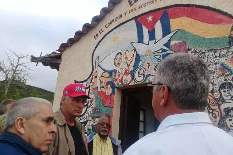 Cuba Díaz Canel visits archaeological site in Bolivia