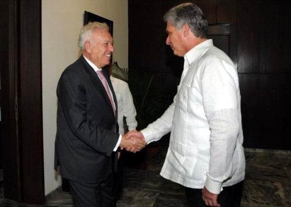 D�az-Canel se reuni� con el Canciller de Espa�a