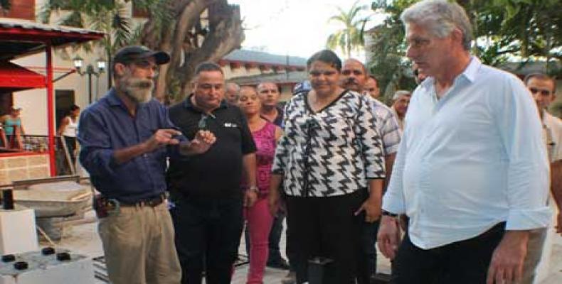 Evalúa Miguel Díaz-Canel obras constructivas en La Habana