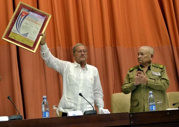 Reconocen a Fidel Castro como fundador del Palacio de las Convenciones. Foto Abel Rojas Barallobre