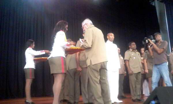 Nuevos egresados del postgrado del Colegio de Defensa Nacional y de Oficiales